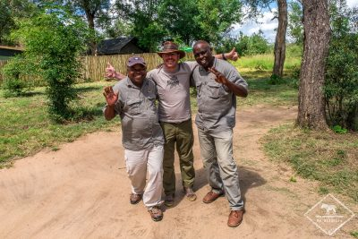 Guide et tracker du Ndzhaka Tented Camp