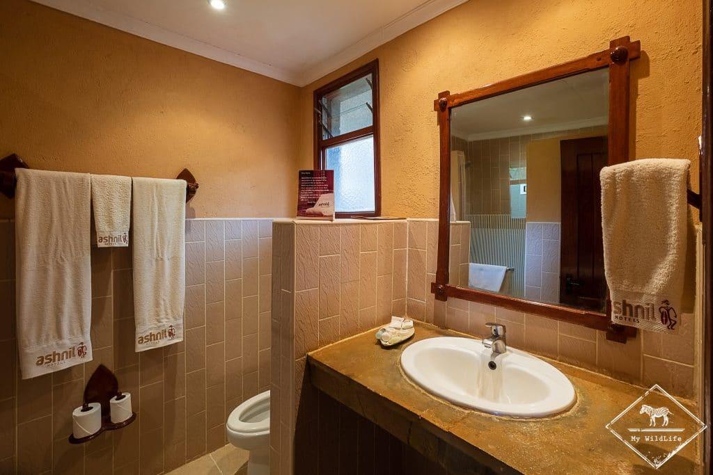 salle de bain de l'Ashnil Aruba Lodge