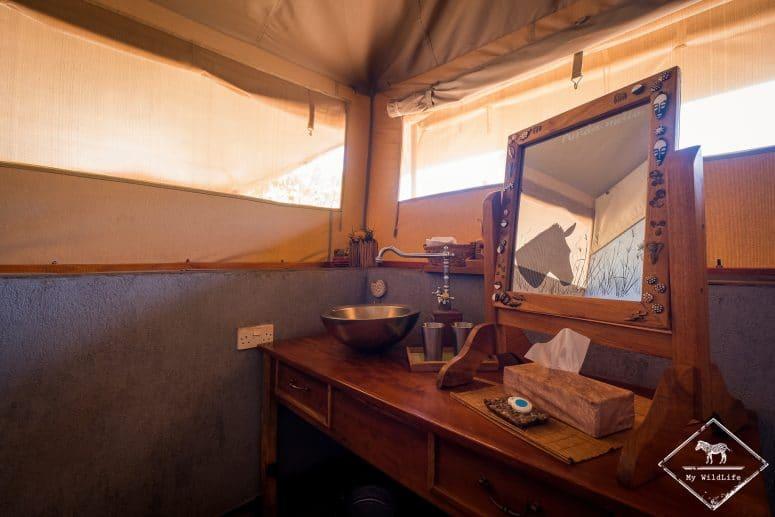 Salle de bain de l'Ikweta Safari Camp