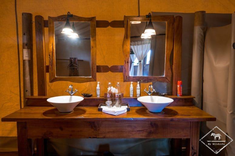 Salle de bain de l'Elephant Bedroom Camp, Samburu