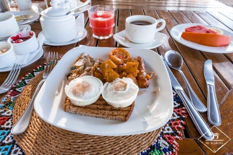 Petit-déjeuner, Elephant Bedroom Camp